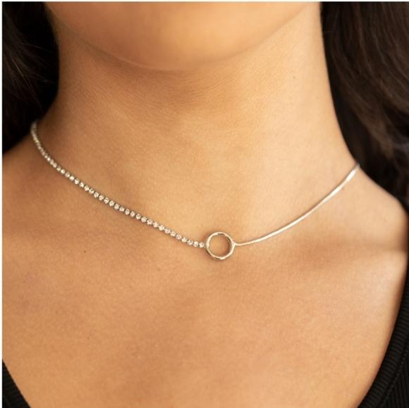 Gotta Split Necklace
